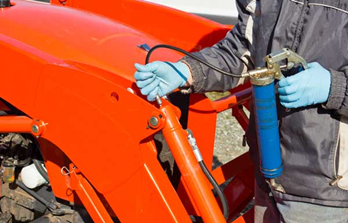 A picture of a grease gun